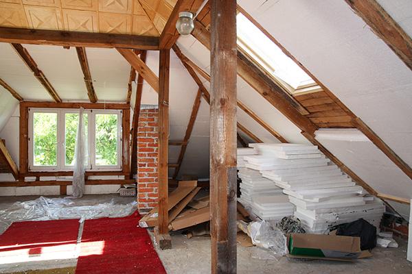Мансардные комнаты – проблема или выгодное решение для оригинального интерьера?