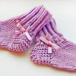 Мастер-класс для начинающих рукодельниц (лавандовые носочки для малыша)