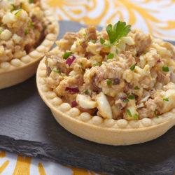Салат из печени трески яйца и лука