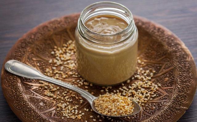 Рецепт целительной кунжутной пасты от гипертонии и высокого холестерина